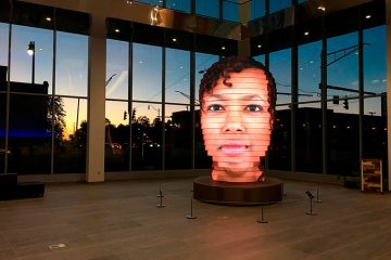 This Machine Creates a 3D Sculpture from your Selfie