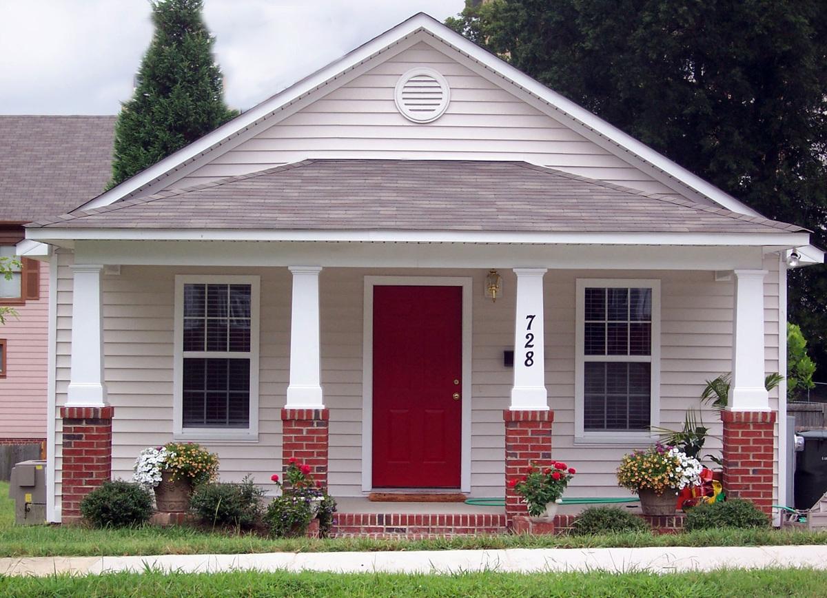 Compact starter or retirement home plan 10044tt for Retirement house designs