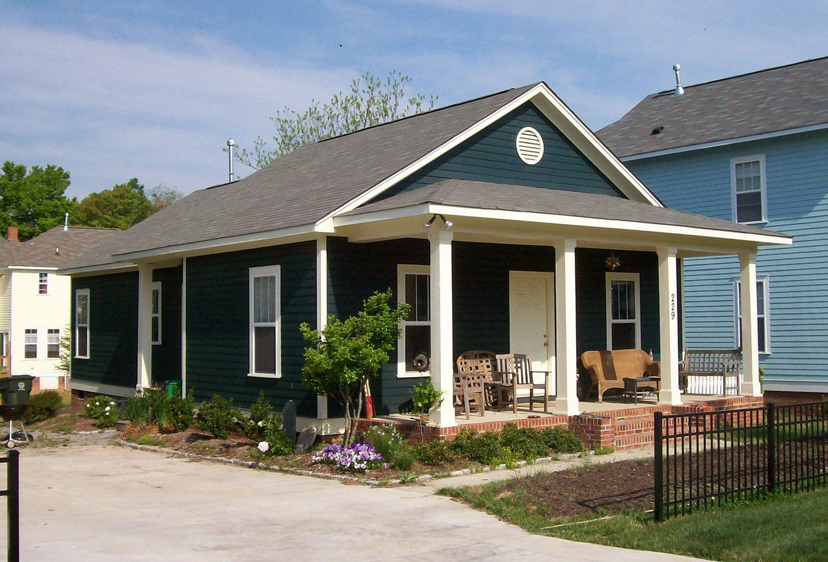 Classic single story bungalow 10045tt architectural for One level house plans with porch