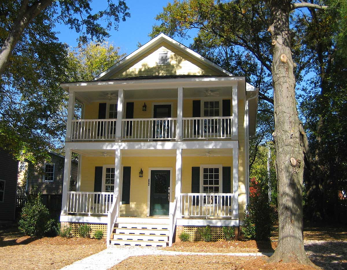 Charleston inspiration 10083tt 2nd floor master suite for Charleston house plans narrow lots
