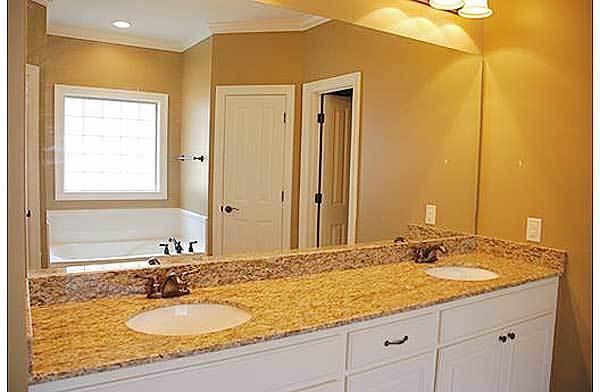 Ideal Floor Plan - 11768HZ - 03