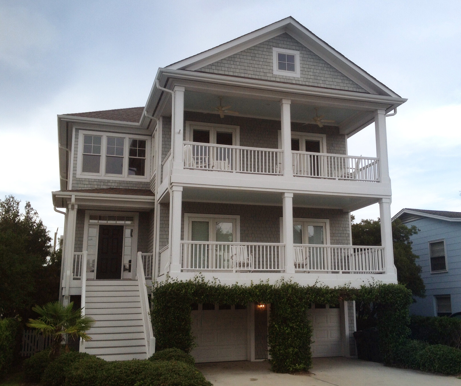 Beach Cottage With Elevator 15086NC Beach, Cottage, Low Country,Vacation, Narrow Lot, Photo