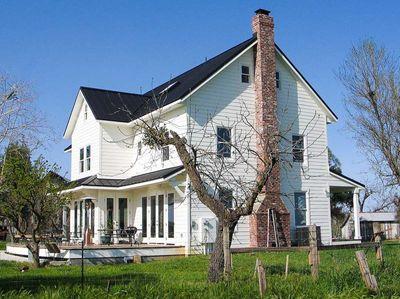 Folk Farmhouse Plan - 16080JM thumb - 19