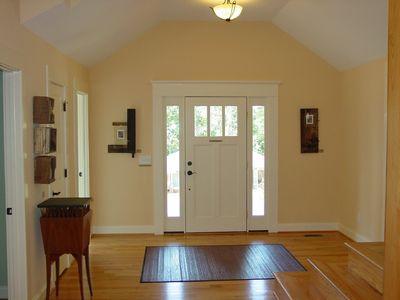 Open Floor Plan Stunner - 16700RH thumb - 02