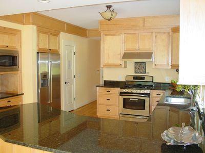 Open Floor Plan Stunner - 16700RH thumb - 21