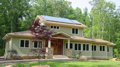 Energy Efficient with In-Law Suite - 16703RH thumb - 01