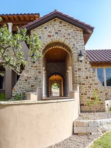 Luxury Plan with Tuscan Influences - 16811WG thumb - 08