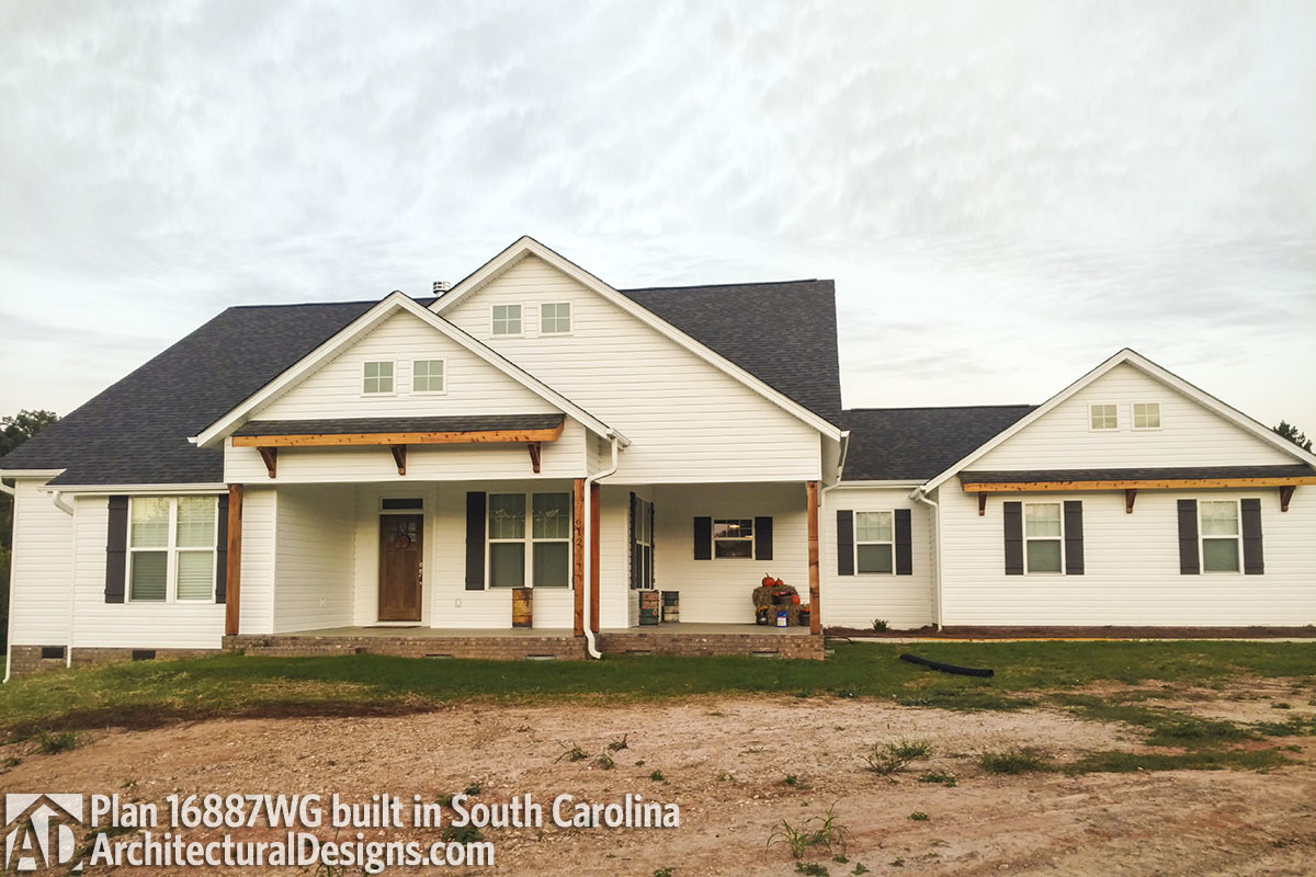 House plan 16887wg comes to life in south carolina for House plan south carolina