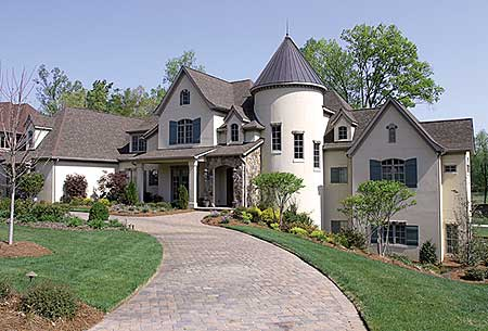 Spacious French Country Chateau 17672LV 1st Floor