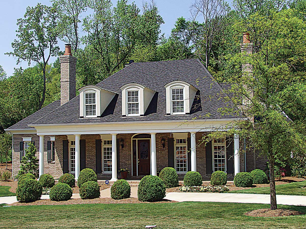 Country plantation style house plan 17690lv 1st floor for Southern home plans designs