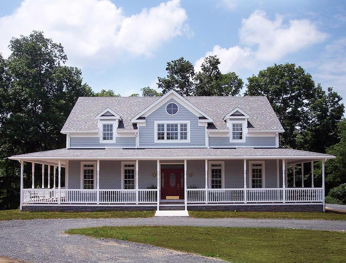 Porches and a deck 2064ga 1st floor master suite cad for Georgia farmhouse plans