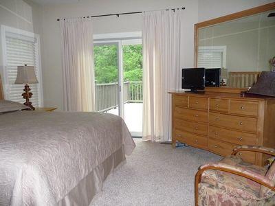 Four-Season Vacation Home Plan - 2177DR thumb - 09