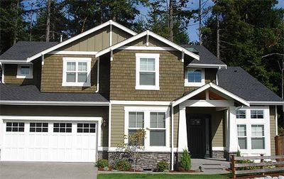 Oversized Garage Offers Extra Parking or Shop - 23080JD thumb - 03