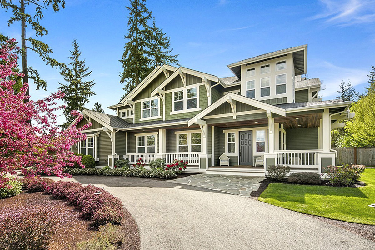 Intricate Craftsman House Plan For Corner Lots
