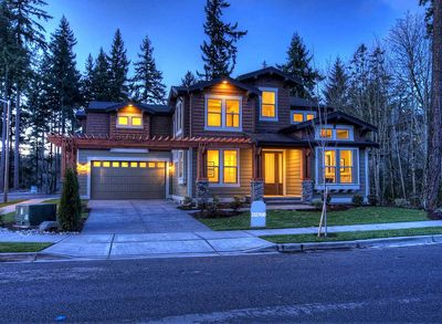 Unique Craftsman with Central Patio - 23274JD thumb - 02