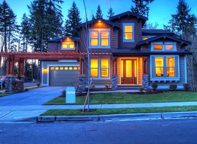 Unique Craftsman with Central Patio - 23274JD thumb - 03