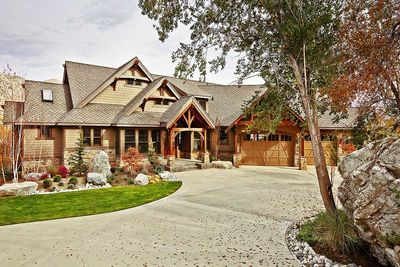 Luxury Craftsman with Front-to-Back Views - 23284JD thumb - 03