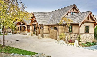 Luxury Craftsman with Front-to-Back Views - 23284JD thumb - 06