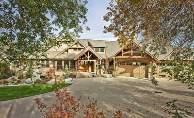 Luxury Craftsman with Front-to-Back Views - 23284JD thumb - 02