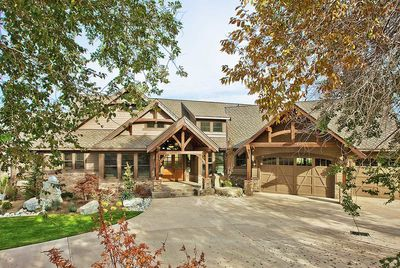 Luxury Craftsman with Front-to-Back Views - 23284JD thumb - 01