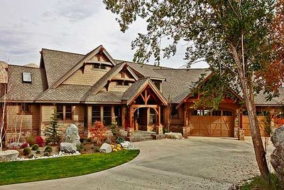 Luxury Craftsman with Finished Lower Level - 23285JD thumb - 15