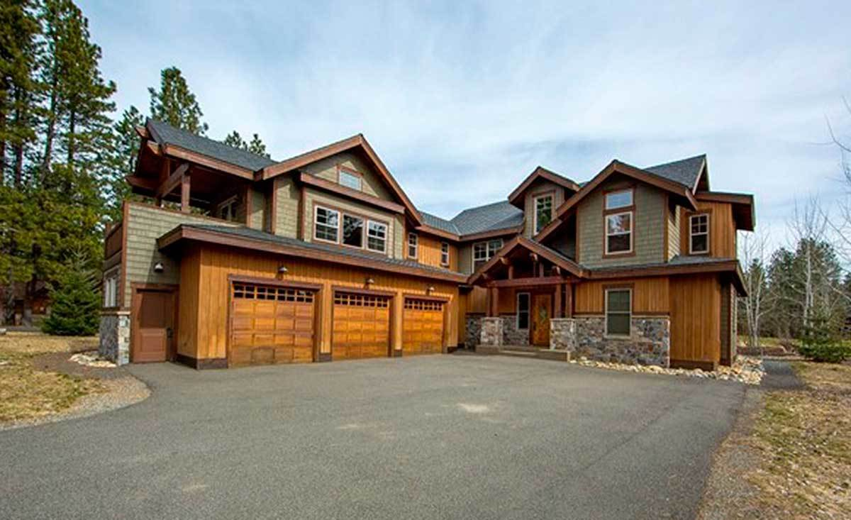 Rustic mountain house plan 23338jd architectural for Mountain architecture floor plans