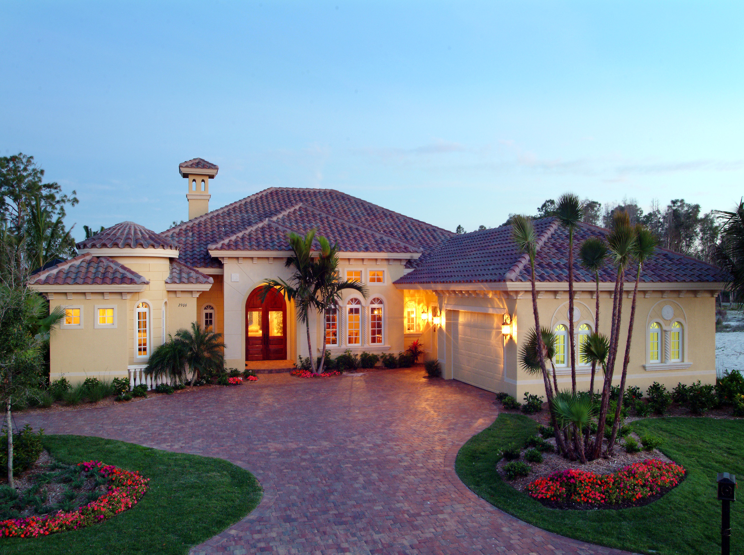 Courtyards and lanais 24021bg 1st floor master suite for Florida house plans with lanai
