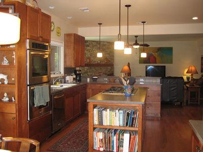 Open Floor Plan Split Ranch - 24352TW thumb - 08