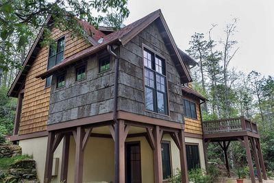 Cottage Retreat with Finished Lower Level - 26609GG thumb - 05