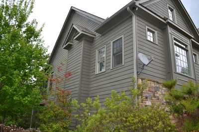 Mountain Home Plan with Garage and Bonus Level - 29826RL thumb - 11