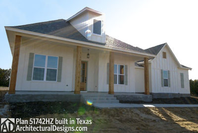 House Plan 51742HZ comes to life in Texas - photo 002