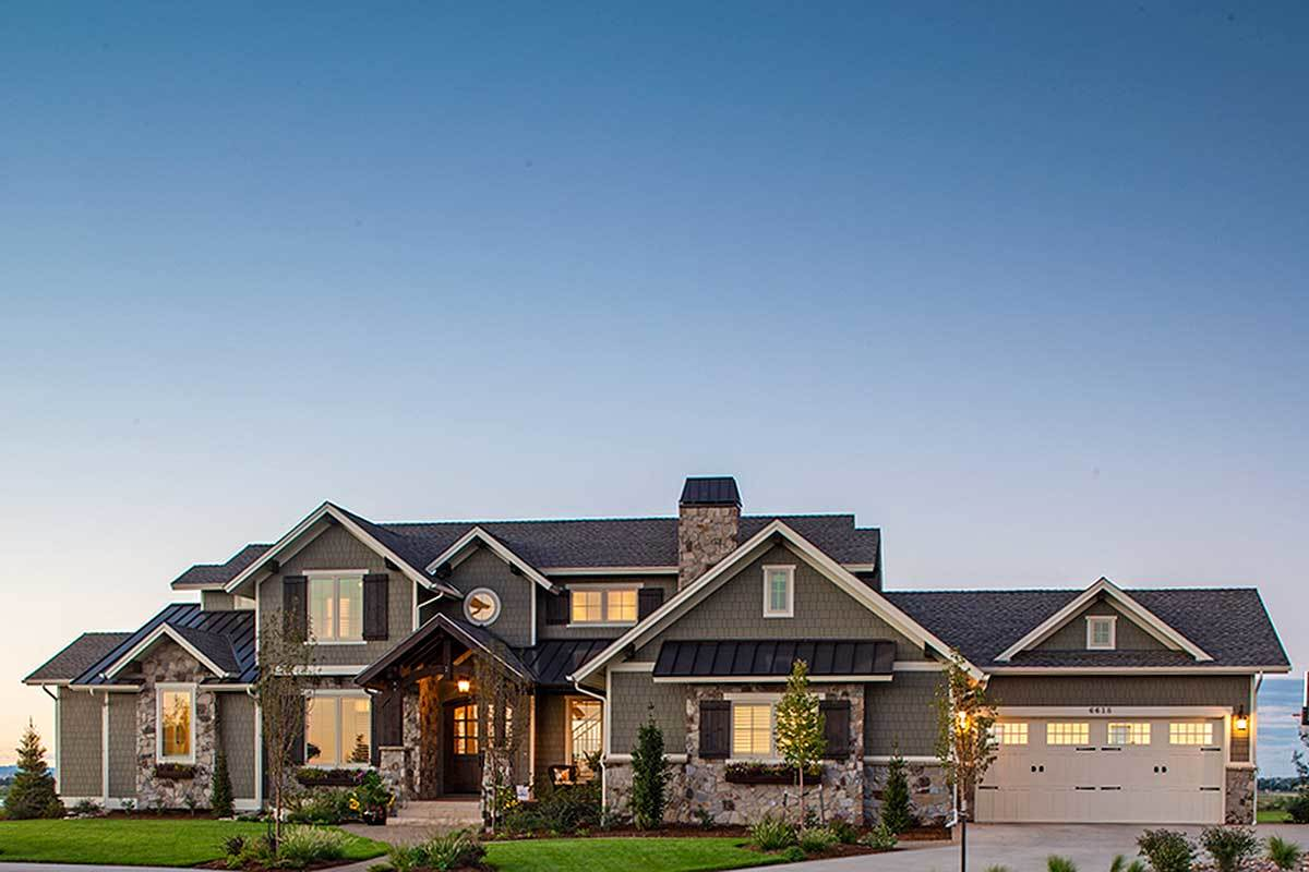 Traditional House Plan With Craftsman Touches