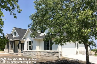 House Plan 51755HZ Comes To Life In Texas - photo 003