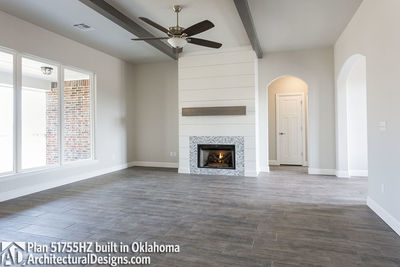 House Plan 51755HZ comes to life in Oklahoma - photo 004