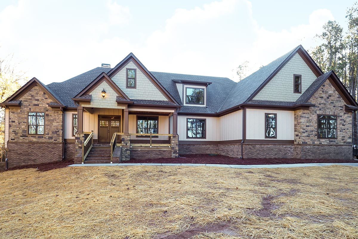 Striking Craftsman with Option for 5 Beds