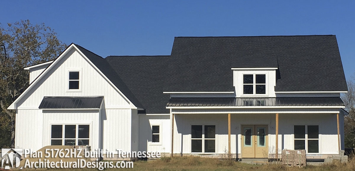 Exclusive House Plan 51762HZ comes to life in Tennessee - photo 001