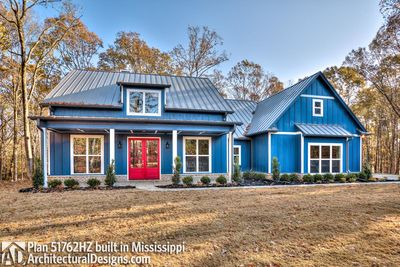 Modern Farmhouse Plan 51762HZ comes to life in Mississippi - photo 002