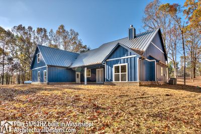 Modern Farmhouse Plan 51762HZ comes to life in Mississippi - photo 008