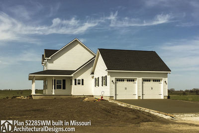 Farmhouse Plan 52285WM built in Missouri - photo 009
