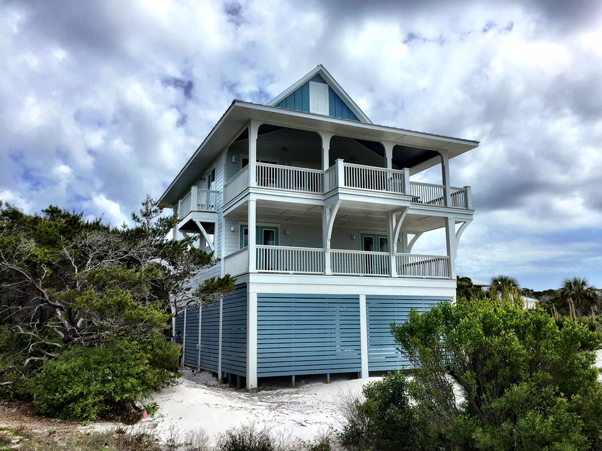 Upside down beach house 970015vc architectural designs for Inverted beach house plans