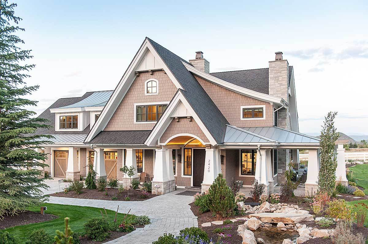 Exclusive luxury craftsman with no detail spared 18295be for Craftsman luxury homes