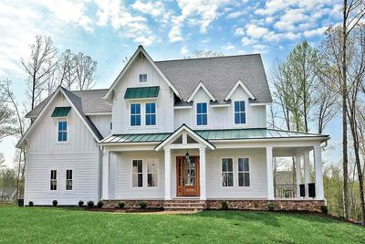 Modern Farmhouse with LShaped Front Porch 500021VV