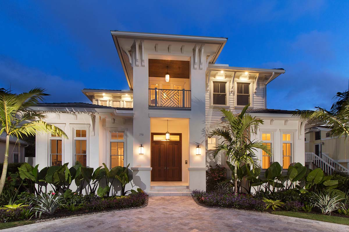 Bold and beautiful with second floor balconies 86059bw for Architectural designs com