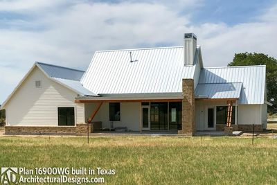 House Plan 16900WG comes to life in Texas - photo 005