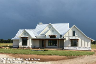 House Plan 16900WG comes to life in Texas - photo 024