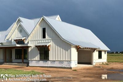 House Plan 16900WG comes to life in Texas - photo 032