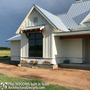 House Plan 16900WG comes to life in Texas - photo 029