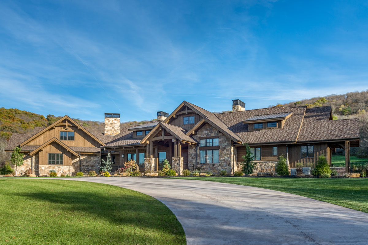 Luxurious Mountain Ranch Home Plan With Lower Level
