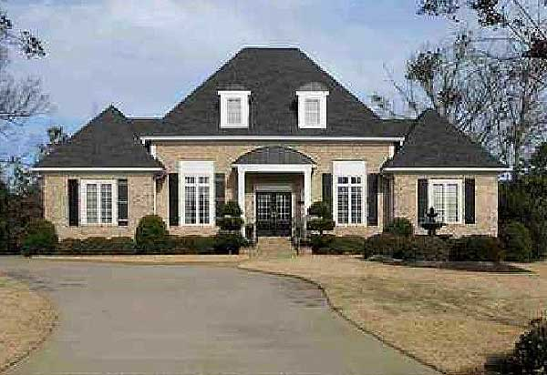 Elegant french country home plan 32500wp 1st floor for Elegant country homes