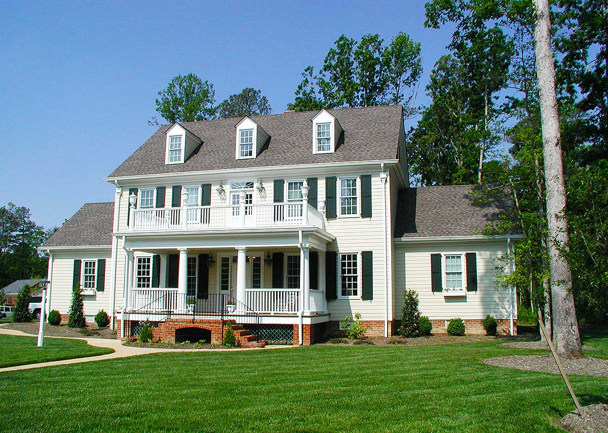 Colonial home with 2 story family room 32562wp for Building styles for homes